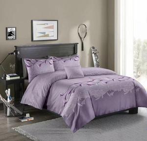 Image 4 - LOVINSUNSHINE Luxury Lace Solid Color Bedding Set 3pcs Duvet Cover Set Pillowcases Bedclothes Comforter Bedding Sets xx05#