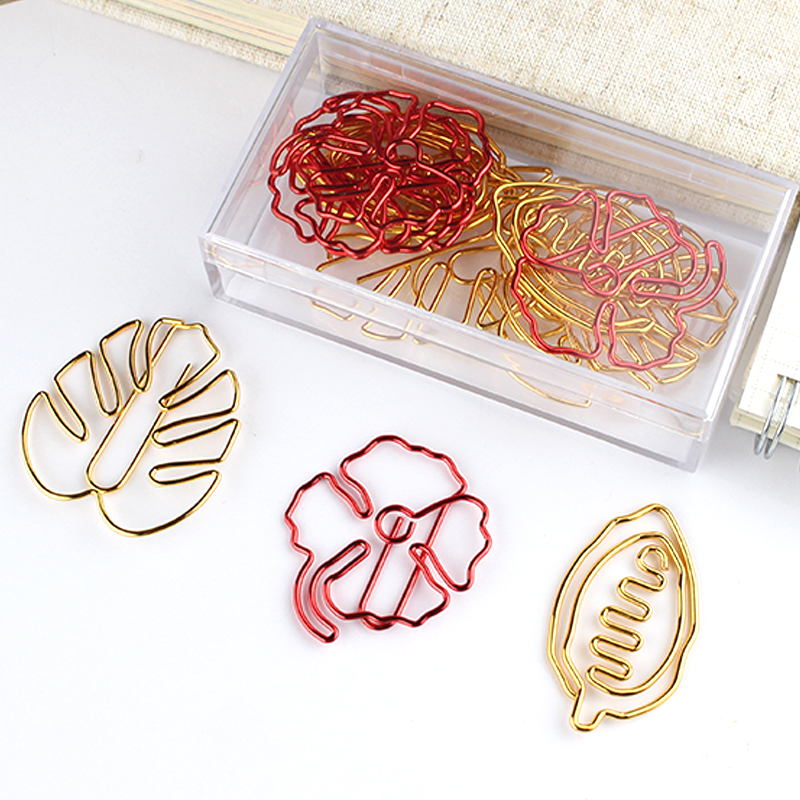 Four Leaf Grass Shaped Paper Clips Bright Christmas Red PaperClip Office Table Accessories Pink Clips Paper Clipper Cute Clip