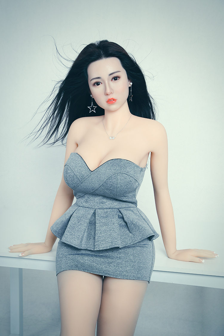 165 <font><b>cm</b></font> <font><b>132</b></font># Film <font><b>sex</b></font> TPE Robot Beautiful Smile Lifelike Life Size Oral Love <font><b>Doll</b></font> Realistic Adult Silicone <font><b>Sex</b></font> <font><b>Dolls</b></font> For Men image