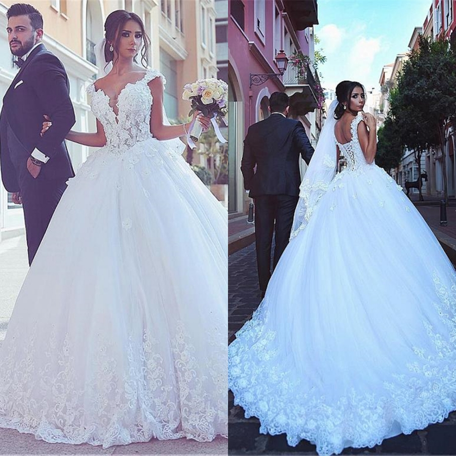 Luxury Sweetheart Applique Lace Crystal Arabic Wedding Dress 2019 Turkey African Women Ball Gown Wedding Gowns With Cap Sleeve