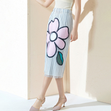 Medium length Skirt High waist Skinny 2019 New pattern Stripes Printing Gauze Splicing Fold
