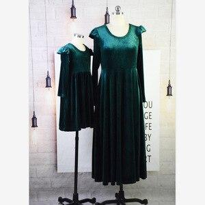 Image 4 - 3XL Bodyconผู้หญิงกำมะหยี่ชุดแฟชั่นฤดูใบไม้ร่วงชุดฤดูหนาวสบายๆรอบคอยาวแขนยาวMidi Dresses Vestidos