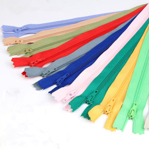 New 5pcs 24*2.5cm Nylon Coil Zippers for Tailor Sewing Crafts Nylon Zippers Bulk 33 Colors
