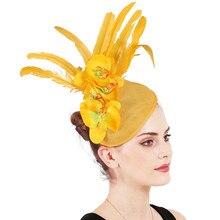 Элегантные женские вуалетки желтый Дерби шляпа цветок для леди Sinamay церкви шляпы с большими полями Fedoras свадебное платье шляпа SYF701