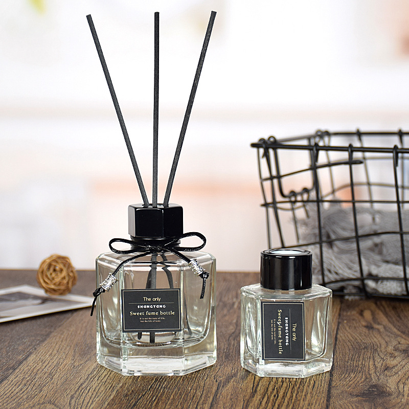 5pcs Transparent Prismatic Aromatherapy Glass Bottle Reed Diffuser Bottle Scent Volatilization Glass Container For Home Decor