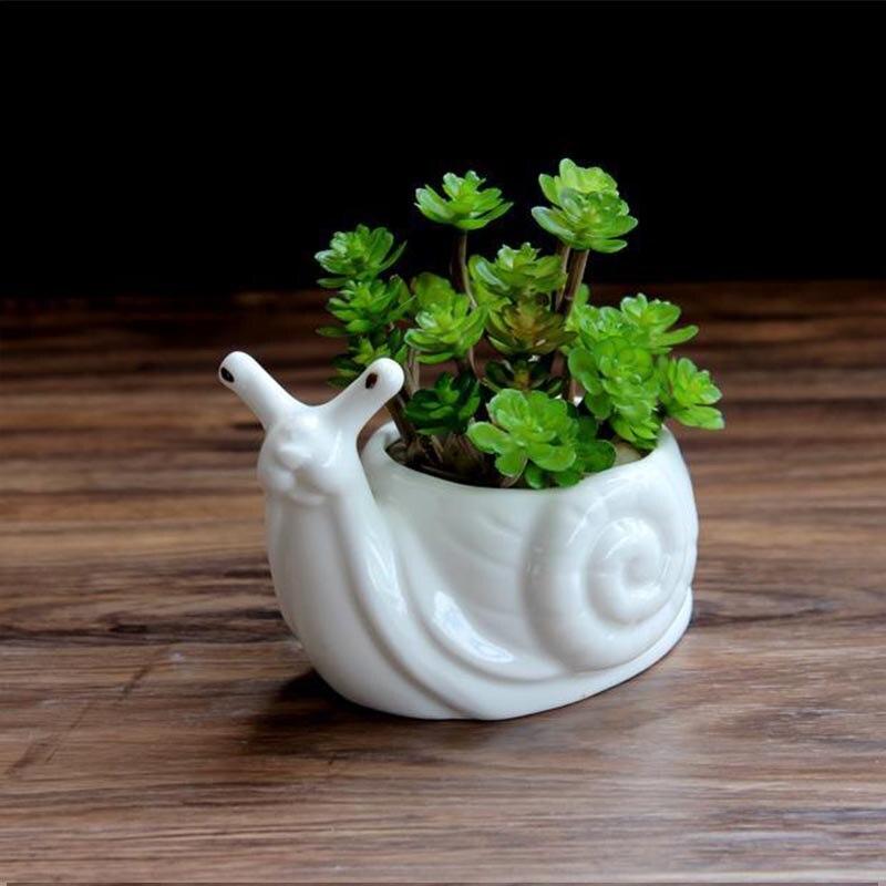 White Ceramic Snail Flower Vase