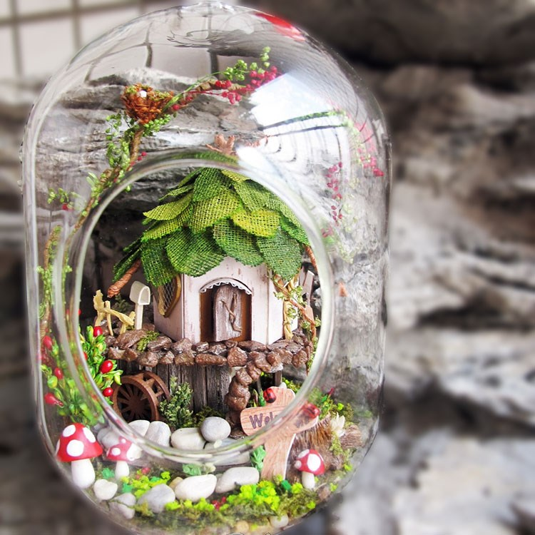 GN01 DIY Miniature Glass Ball Wooden Dollhouse Jungle Witch Farmhouse Fairy Garden Doll House Micro Landscape Hanging Decoration 2