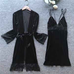 Image 4 - 2019 Sonbahar Kış Kadın Kadife Elbise Elbisesi Setleri Uyku Salonu Pijama Bayan Kıyafeti Bornoz + gece elbisesi Göğüs Yastıkları Ile