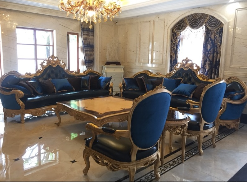 19th Century Glorious Palace Abbey Sofa Set with Claws / Chateaux Sumptuous 1+2+3 Seaters 2
