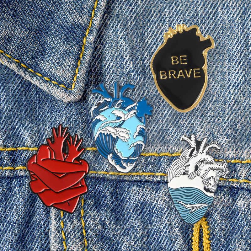 Cute Cowboy Acrylic Bros Sweater Anatomi Jantung Rok Merangkul Hati Anda dengan Kedua Tangan Jantung Berani Harajuku Bros Pin