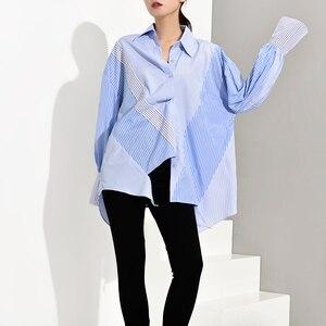 Image 2 - [Eam] feminino azul listrado assimétrico oversized blusa nova lapela manga longa solto ajuste camisa moda primavera outono 2020 jz6870