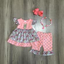 Lente/zomer Pasen coral bunny top grijs luipaard bloem capri baby meisjes kleding katoen ruches boutique set match accessoires