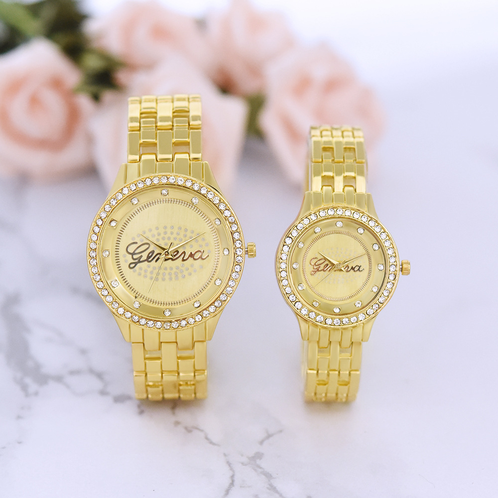 Couple Watch Men Women Business Waterproof Clock Diamond Alloy Mens Watches Fashion Casual Ladies Quartz Wristwatch