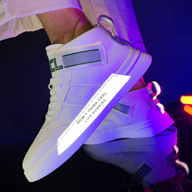 2019 New men's shoes luminous fluorescent high state men's sports shoes 39-44 breathable white sports shoes men's tennis men