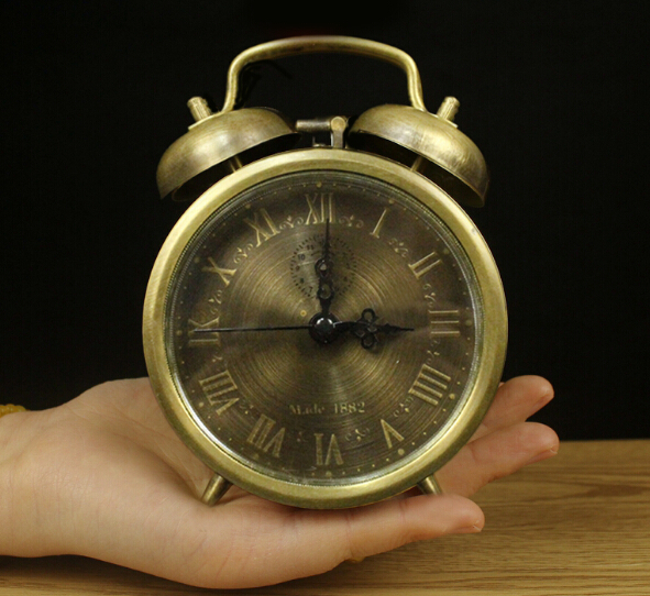 Pure copper Vintage drawing style old-fashioned mechanical clockwork alarm clock chord clock alarm clock home decoration