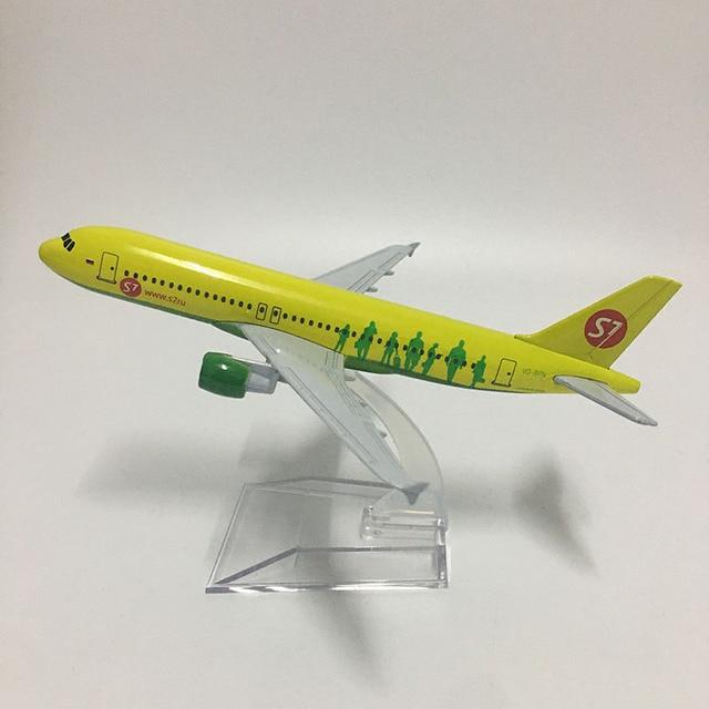 JASON TUTU 16cm Russia Siberia S7 Airlines Airbus A320 Plane Model Airplane Aircraft Model Diecast Metal 1:400 scale Planes 1