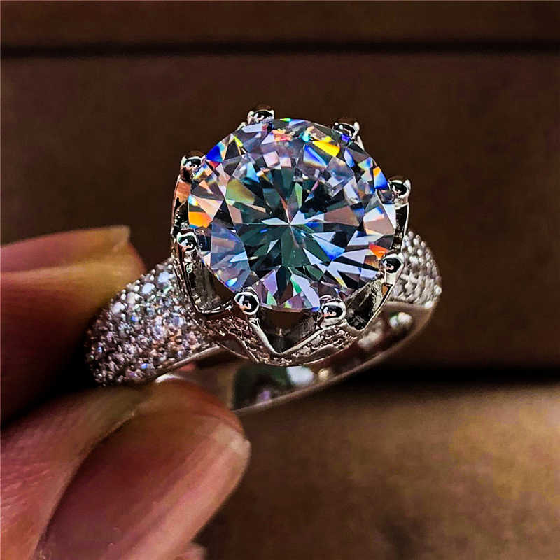 Luxus Weibliche Big Zirkon Stein Ring Silber Farbe Königin Crown Ring Vintage Hochzeit Bands Versprechen Liebe Engagement Ringe Für Frauen