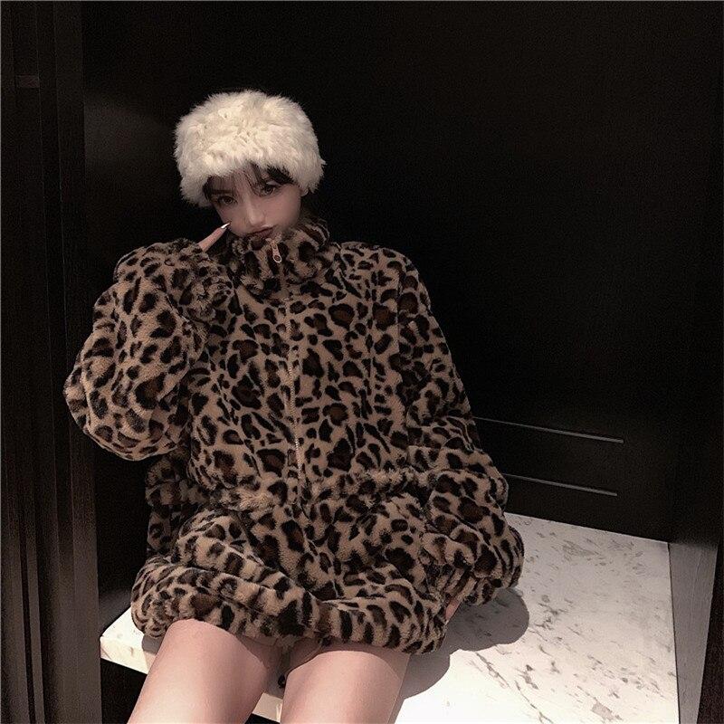 Focal20 Streetwear Leopard Print Women Coat Zipper Turtleneck Loose Female Pullovers Tops Casual Winter Warm Fluzzy Lady Coats 5