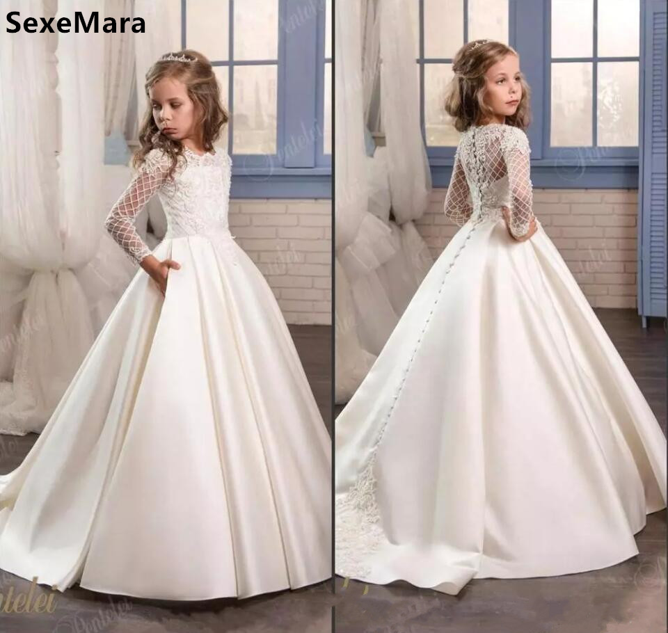 2019 Princess White Lace   Flower     Girl     Dresses   Long Sleeves First Communion Gowns Birthday Party   Dresses   with Buttons Pageant Gown