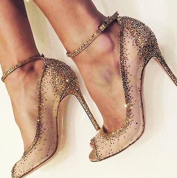 Extremely Stunning Pumps