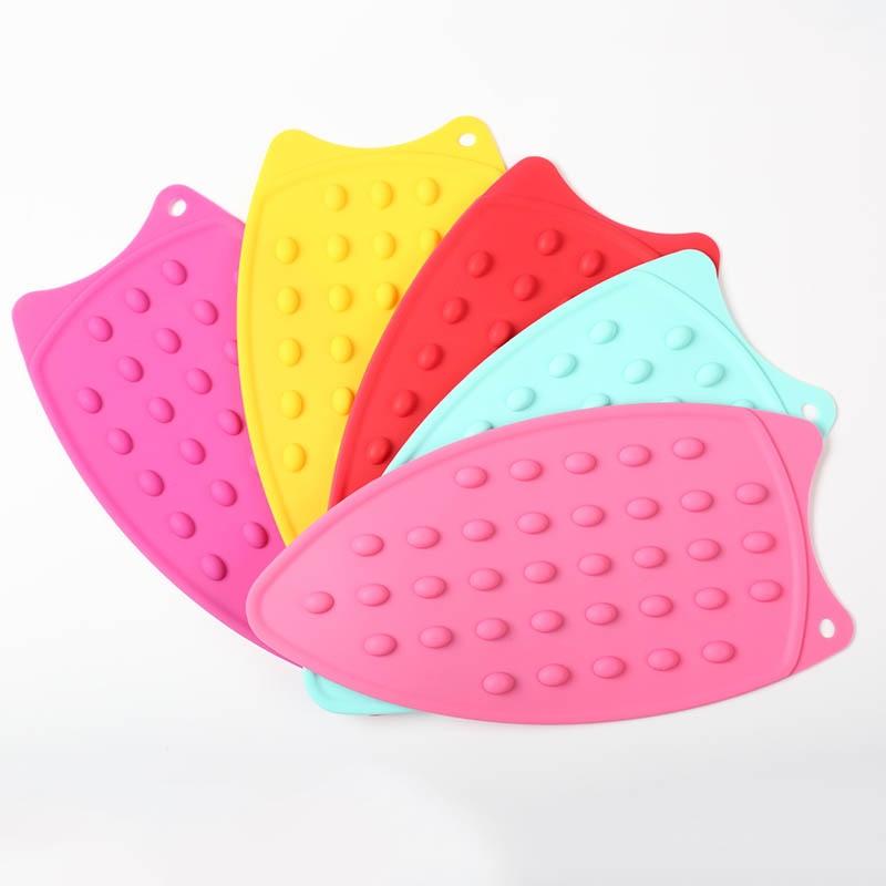 Silicone 1 pc cobertor de engomar flexível resistente ao calor pontilhado borbulhadas almofadas de descanso de ferro portátil almofada de tábua de engomar|Tábuas de passar|   -