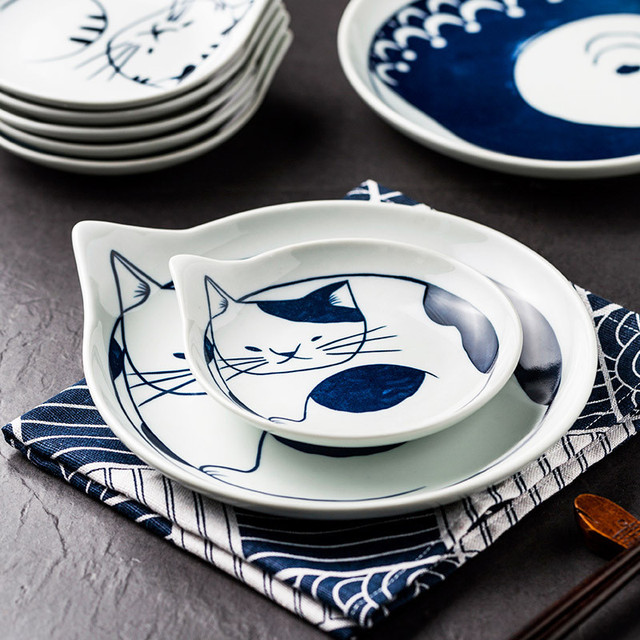 Ceramic Cat Table wear 4