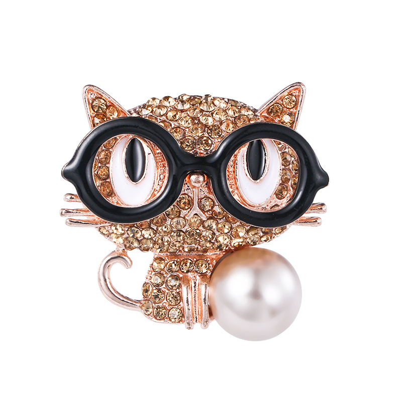 New Rhinestone Glasses Cat Brooches for Women Suit Pearl Jewelry Cute Cartoon Crystal Animal Pins Girls Bag Clothes Accessories