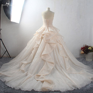 Image 2 - LZ398 Amazing Shiny Princess Wedding Dress New Bling Bling Ball Gown Luxury Bride Dress Vestido de Noiva Custom Made Mariage