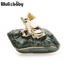 Wuli&baby Lucky Green Capet Prince Frog Brooches Women Alloy Enamel Animal Banquet Party Brooch Pins New Years Gifts