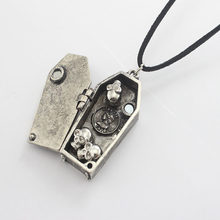 European And American Gothic Dark Wind Retro Coffin Skull Personality Wacky Hyperbole Magnet Open Punk Men Pendant Necklace