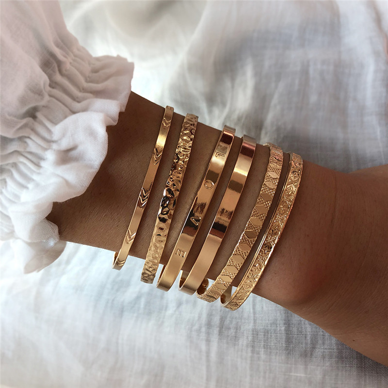2 Pcs/Set Vintage Women Gold Multilayer Bracelet Set Fashion Letter Love Opening Bracelet Charm Party Birthday Jewelry Gifts(Hong Kong,China)