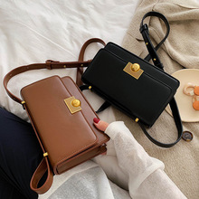 Vintage Shoulder Bags for Women Designer Chic Lock Female Messenger Bag Luxury Pu Leather Crossbody Bag Lady Small Flap Purses womens crossbody bag small flap pu leather v o a designer lady shoulder bag female luxury handbag sacs main femme 2019 bandolera