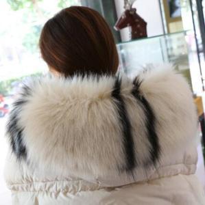 Image 1 - 秋の冬の女性のアライグマの毛皮の襟キツネの毛皮マフラースカーフ襟フェイクフード付き毛皮ケープパシュミナ