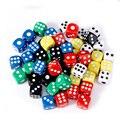 10 шт./лот набор игральных костей 6 цветов Акриловые 6 сторонние твердые цветные кости для клубных/вечерние/семейных игр 14 мм