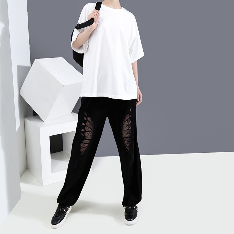[EAM] Women White Back Hollow Out Temperament T-shirt New Round Neck Half Sleeve  Fashion Tide  Spring Summer 2020 1Y729 2