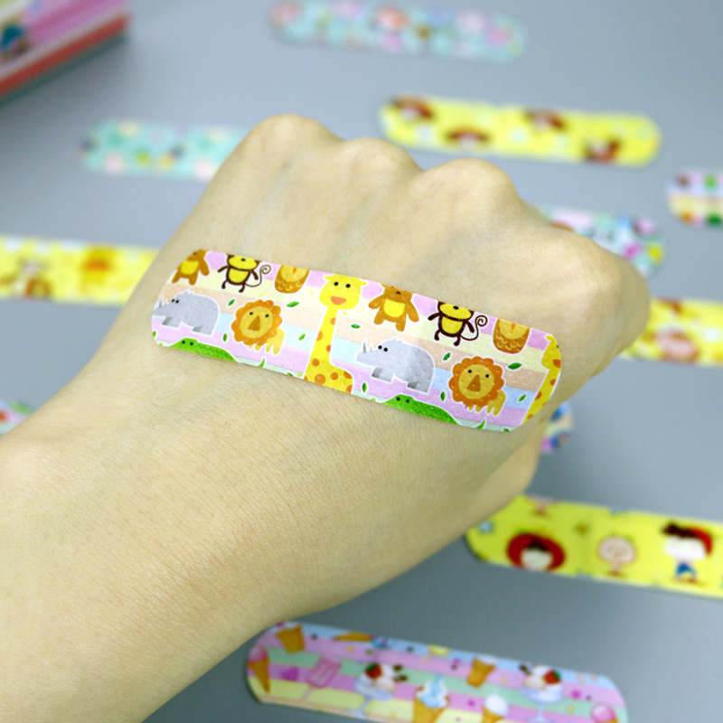 120Pcs Children Cartoon Band Aid Hemostasis Adhesive Bandages Waterproof Breathable First Aid Emergency Kit For Kids Skin Care