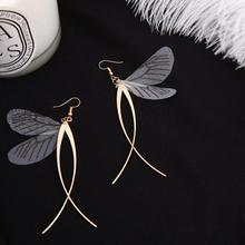 цена на Butterfly Wings Dangle Earrings Women Korean Earrings Fashion Butterfly Wings Tassel Dangle Hook Earrings Piercing Jewelry Gift
