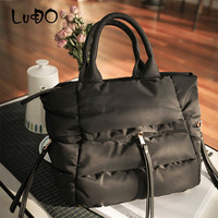 2019 Winter Space Bale Handbags Woman Cotton Totes Bag Down Feather Padded Ladies Feather Soft Women Shoulder Bag Bolsos Mujer