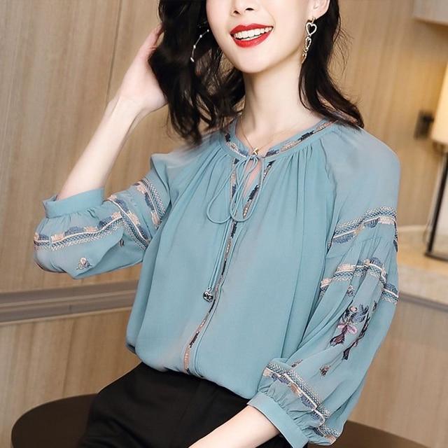 Women Spring Autumn Style Chiffon Blouses Shirts Lady Casual Long Sleeve O-Neck Loose Chiffon Blusas Tops DD8852 2