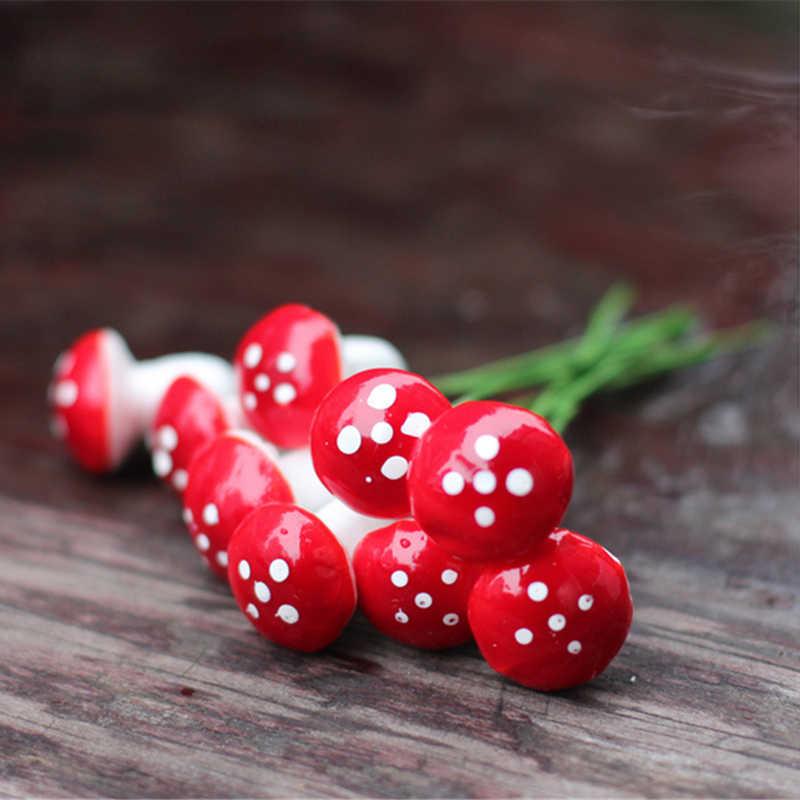 10 Pcs 2019 New Hot Fashion Natal Dekorasi DIY Mini Merah Jamur untuk Mini Tanaman Pot Fairy Dekorasi Taman Rumah Boneka @ 2