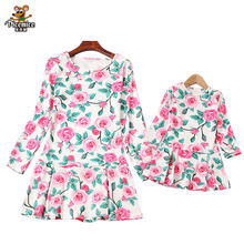 Family Matching Outfits Long Sleeve Clothes Mommy And Me Clothing Printing Flower Mother Daughter Dresses Family Look 2016fall printing family matching outfits cotton kids clothing family look fitted lolita loose clothes mother daughter full set