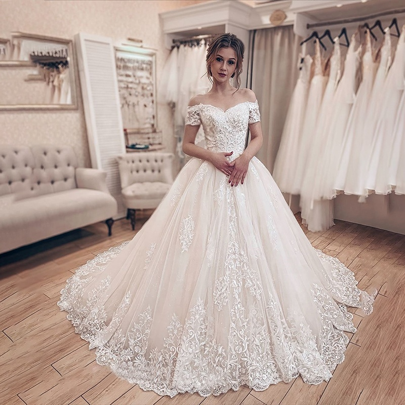 Vintage Off Shoulder Wedding Dress Princess 2019 Lace Up Back Design Fantastic Wedding Gowns Sweetheart Tulle Ball Gown