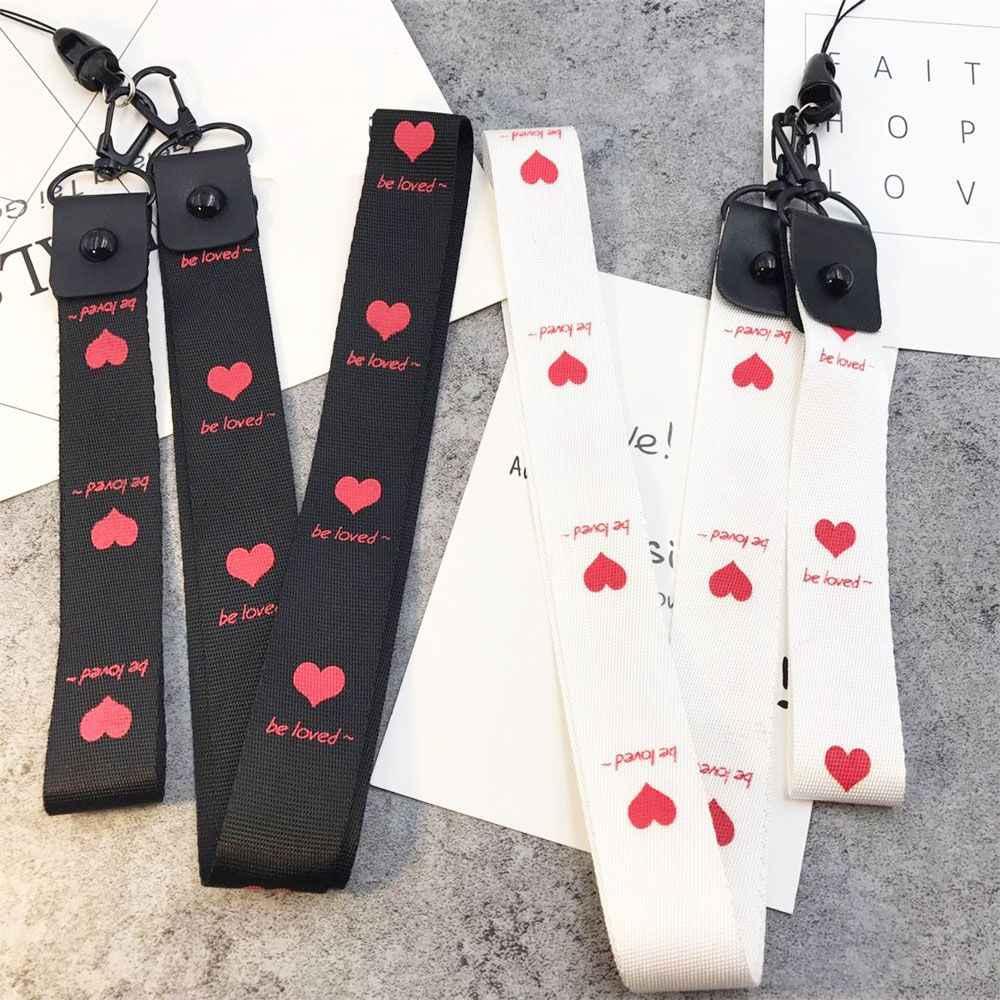 2 قطعة الحب القلب سترابيري حامل بطاقة قابل للسحب الرقبة الأشرطة الحبل شارة بكرة ممرضة الهاتف شنق حبل شارة حامل القرطاسية