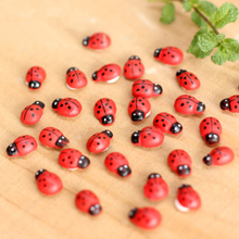 20Pcs/Lot Mini Ladybird Red Beetle Fairy Doll Garden Decor Ornament Toys Girls Gift 482(China)