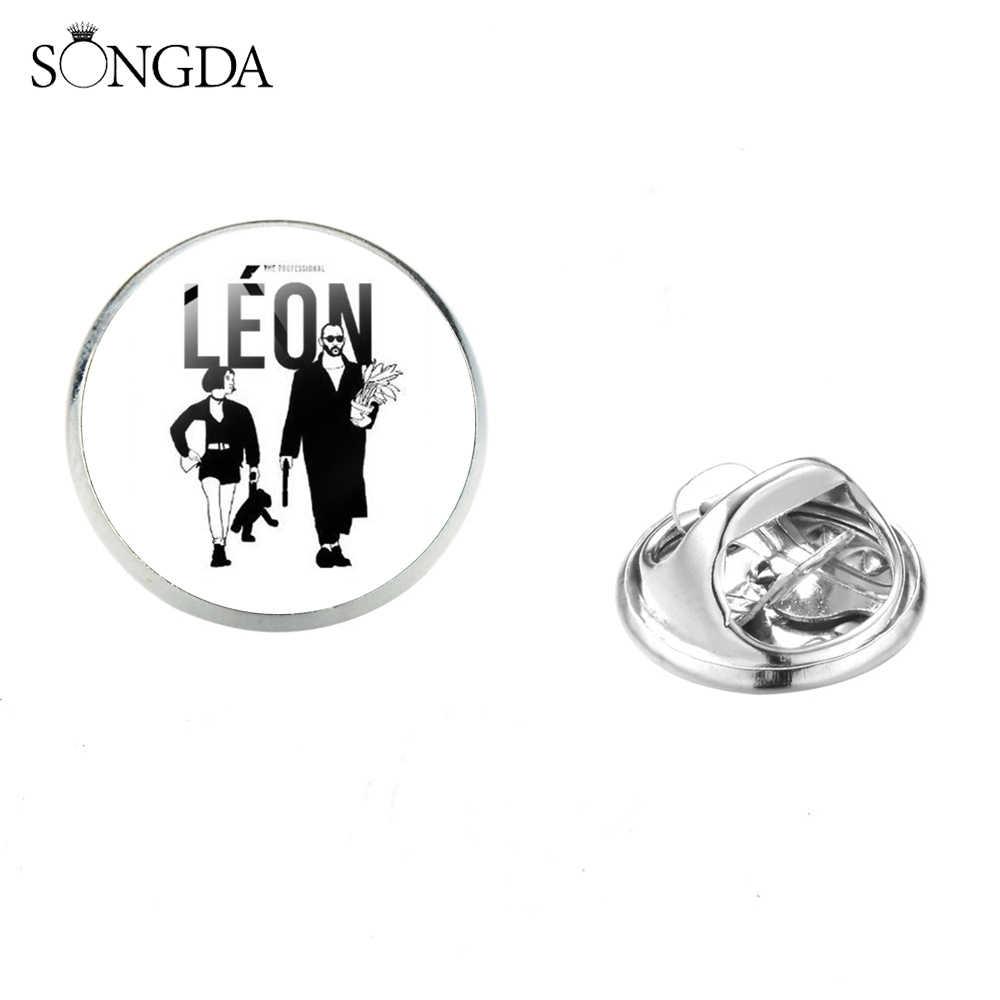 SONGDA คลาสสิก Killer Leon ภาพยนตร์โปสเตอร์โลหะผสม Pins Badge Cool Leon และ Mathilda รูปแก้วรอบเข็มกลัดตกแต่งกระเป๋าเป้สะพายหลัง