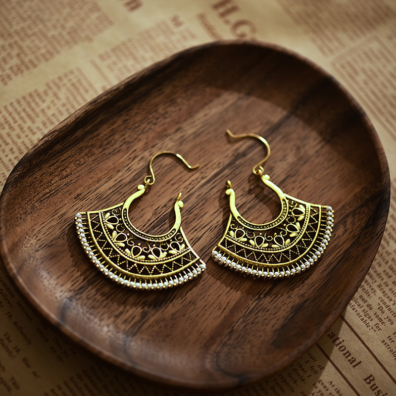 Retro Gypsy Copper Hollow Fan Drop Earrings For Women Ethnic Wire Hook Jhumka Earring Jewelry Hangers