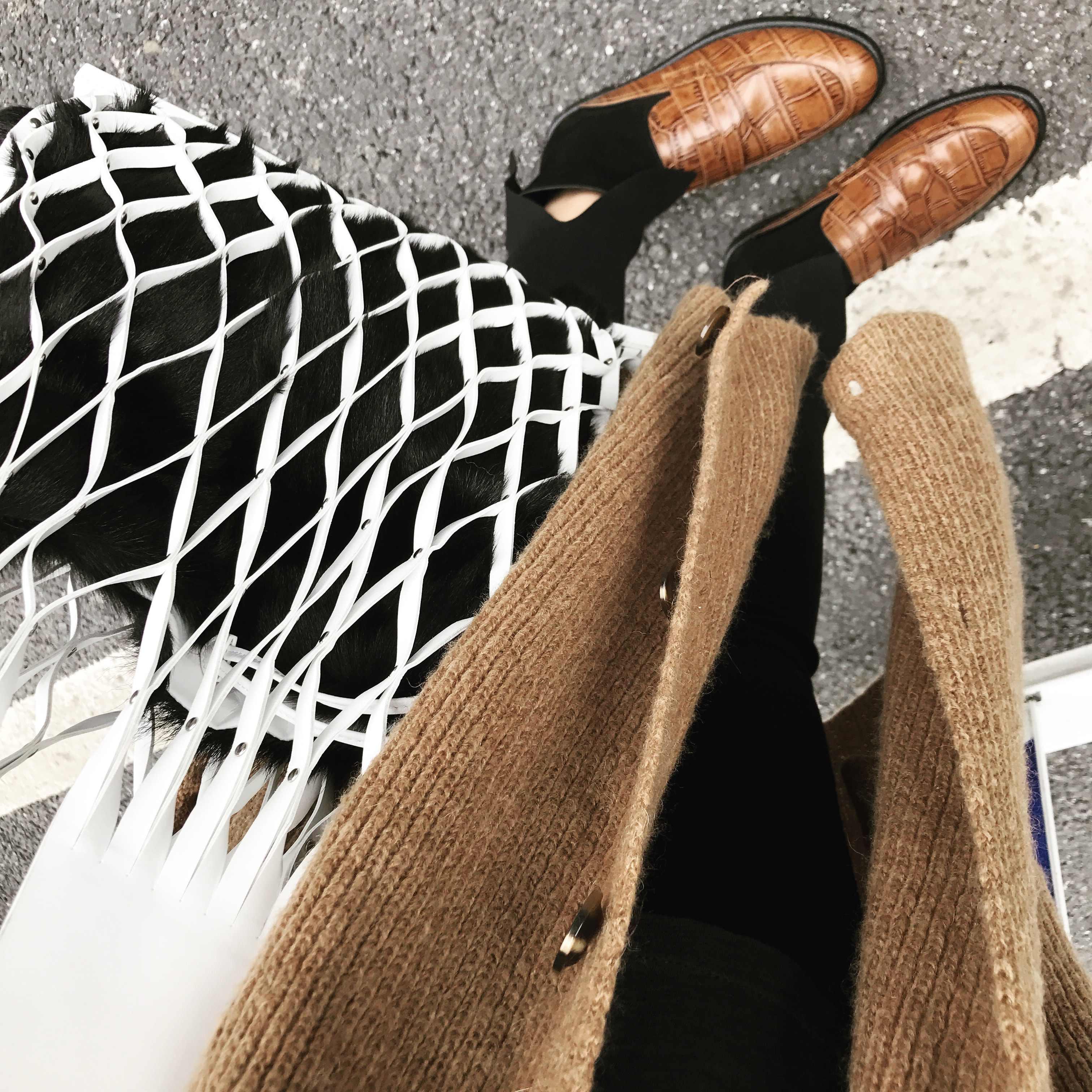 Novo oco para fora malha sacos de couro praia ombro saco do mensageiro bolsas balde saco lazer grande capacidade de pele feminina saco composto