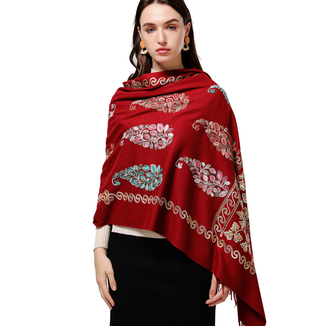 2020 التطريز النساء وشاح عالية الجودة سميكة الدافئة أوشحة شتوية الكشمير شالات و يلتف السيدات الباشمينا باندانا echarpe