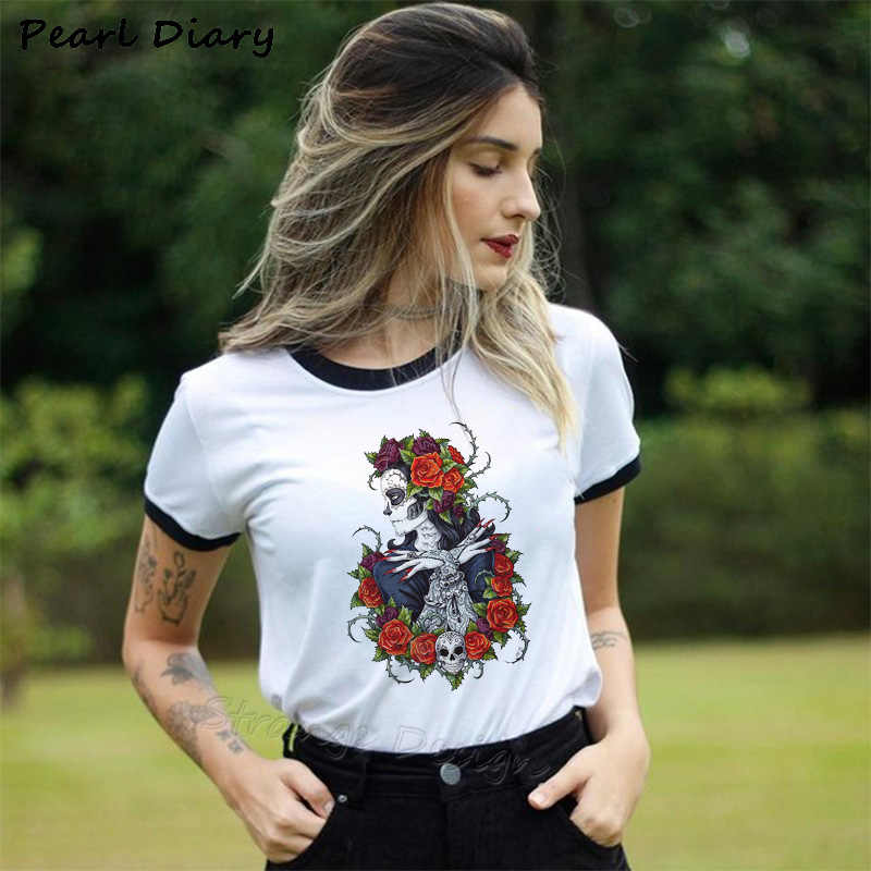 Summer Skull Flowers Aesthetic Art T Shirt Women Tshirt Punk Rock Clothes Knight Printed T-shirt Fitness Womens Clothing 2019