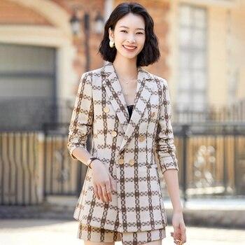 Women's Plus-Size Commuter Suits